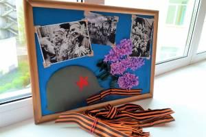 В брянском онкогематалогическом центре провели мастер-класс «Память в открытке»