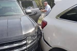 В Брянске автомобилистка на иномарке устроила массовое ДТП