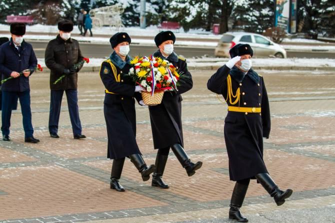 В Брянске почтили память Героев Отечества