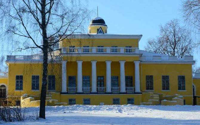 В брянском Овстуге открылась выставка в честь 150-летия Ивана Бунина