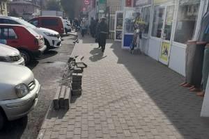 В Брянске пообещали устранить недоделки возле Володарского рынка