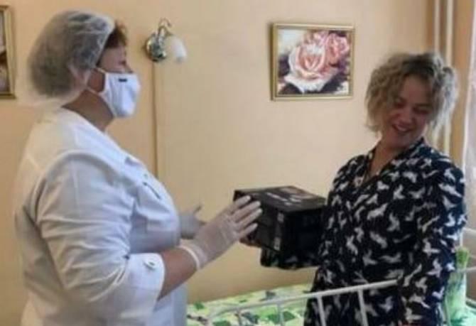 В Брянске поздравили женщин, ставших мамами в 2021 году