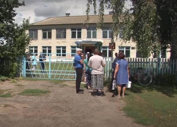 Брянские чиновники не уведомили родителей о закрытии сельской школы