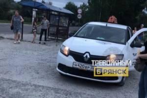 В Брянске водителя такси обвинили в наезде на девушку
