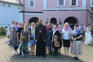 Карачевские педагоги побывали в главных храмах Брянщины