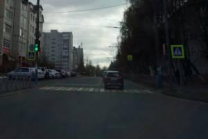 В Брянске пожаловались на бессонницу из-за светофора на Костычева