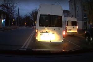 В Брянске сняли на видео хитроумного маршрутчика