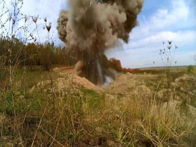 При взрыве под Брянском погиб черный копатель