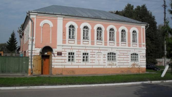 В Севском краеведческом музее забыли о слепых посетителях