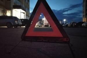 На брянской трассе водитель Nissan разбил голову пешеходу