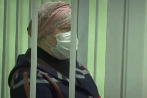 В Брянске приговор опекуну девочки-маугли вынесут 8 февраля