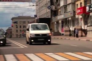 Проехавшего в центре Брянска по встречке водителя ждет штраф