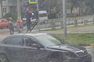 В Брянске ДТП на Тельмана мог спровоцировать неисправный светофор