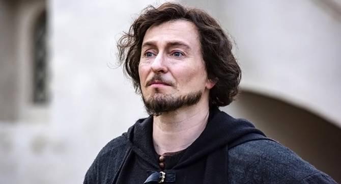 В Брянске билет на Сергея Безрукова обойдется в шесть тысяч рублей