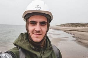 Егор Карачинский из Брянска спасает Арктику от мусора