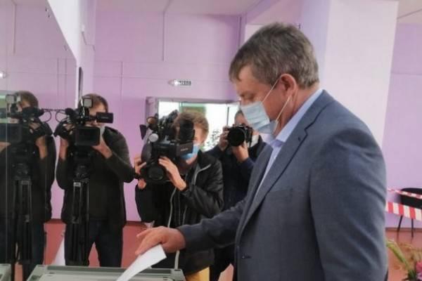 С жуликами Ельцина сравнили брянского губернатора Богомаза