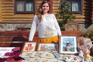 Народными мастерами Брянской области стали 2 гончара и вышивальщица
