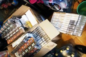 Брянские магазины завалили нелегальными сигаретами из Беларуси