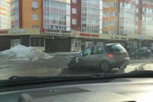 В Брянске на переулке Пилотов произошло ДТП