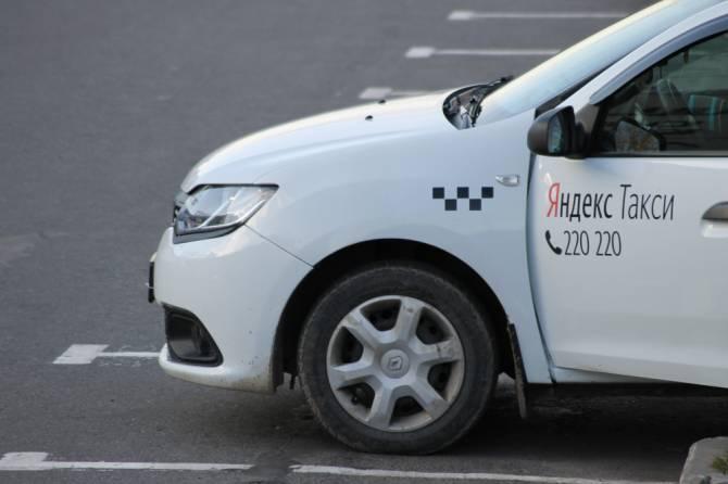 В Карачевском районе таксист попался на уловку мошенника