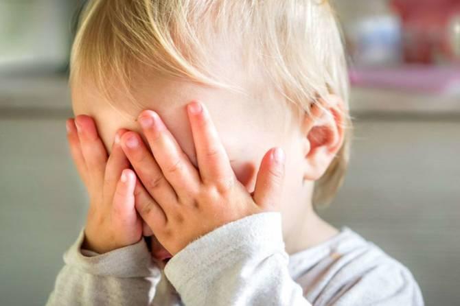 Двухлетнего ребенка избили в детском саду