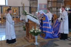 Православные брянцы сегодня отмечают Яблочный спас