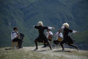 Брянцев позвали на «Танец дагестанских гор»