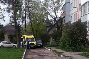 В Брянске автохам перекрыл дорогу машине «скорой помощи»