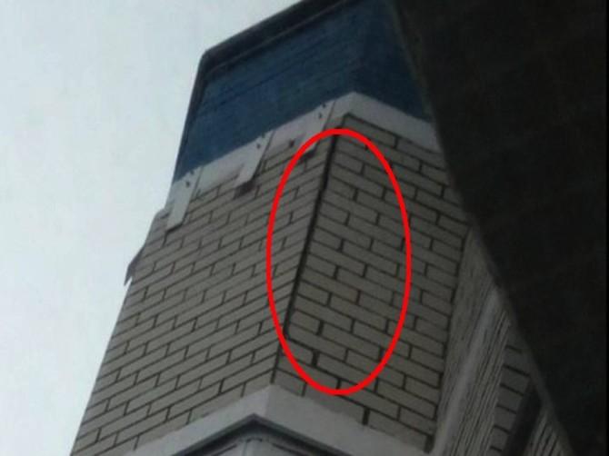 Брянские коммунальщики не знают о трещине на стене дома в «Речном»