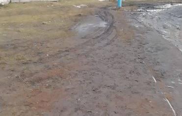 От мэрии Брянска потребовали убрать грязь в районе Мясокомбината