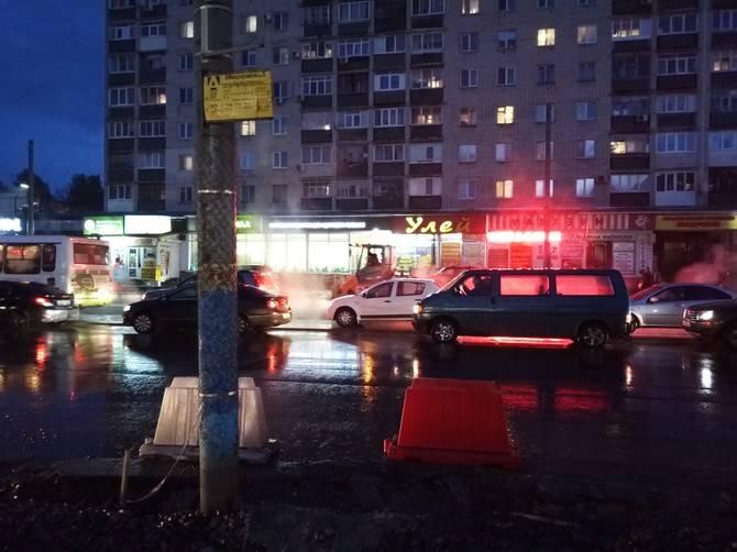 Брянцев попросили сообщать о ремонте дорог в дождь, снег и мороз