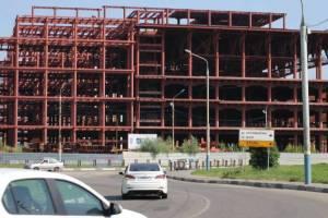В Брянске у ТРЦ «МегаГРИНН» обещают построитьпарковку на 2250 машин
