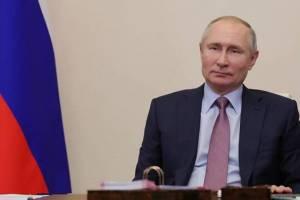 Жители Выгоничей пожалуются Путину на превратившиеся в болото дороги