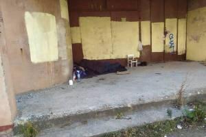 Брянцы пытаются помочь оставшемуся без жилья мужчине