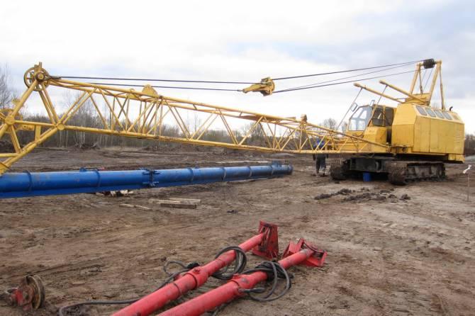 В Брянске начали строить мост через реку Снежеть