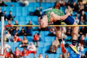Брянский прыгун в высоту Илья Иванюк показал лучший результат сезона в мире