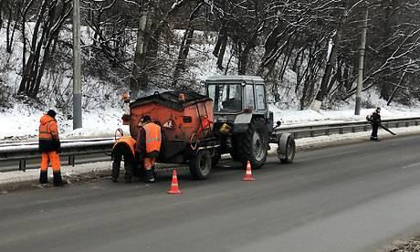 Брянские дорожники залатали больше 320 кв метров ям за новогодние праздники