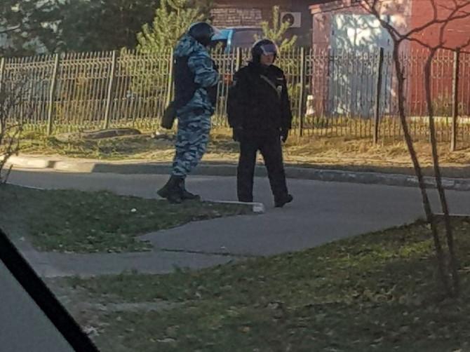 Брянский государственный технический университет окружил ОМОН