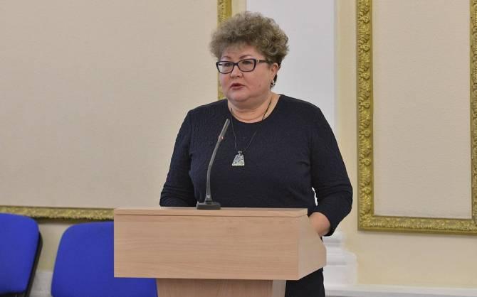 «Мне детей нечем кормить»: непривитые учителя атаковали Трапезникову
