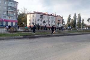 В Брянске новые газоны сквера «Литий» уничтожили пешеходы