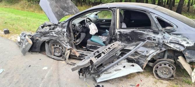 В жутком ДТП с перевернувшейся машиной под Брянском пострадали три человека