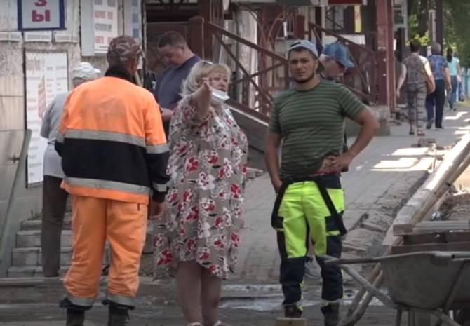 В Брянске ремонт улицы XXII Съезда КПСС привел к уничтожению тротуара