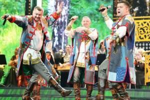 Брянский ансамбль «Ватага» зажег на фестивале в Санкт-Петербурге
