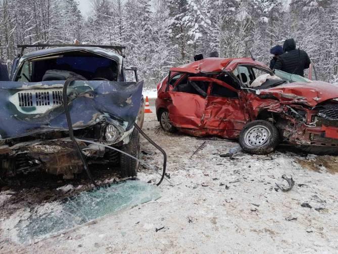 В жутком ДТП под Карачевом погибла 53-летняя женщина за рулем Datsun