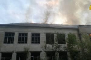 В Дятьковском районе сгорело заброшенное здание