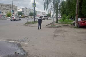 Брянские журналисты снесли очередной «памятник глупости чиновников»