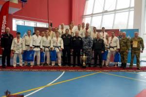 Брянский росгвардеец взял серебро на чемпионате Центрального округа по дзюдо