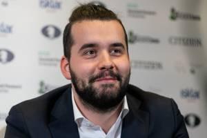 Брянский гроссмейстер Ян Непомнящий одержал вторую победу на турнире Legends of Chess