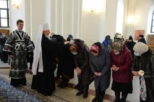 В Брянске митрополит Александр совершил великое повечерие в Успенском соборе