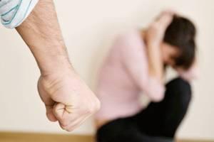 В Гордеевском районе пенсионер избил супругу «для укрепления брака»